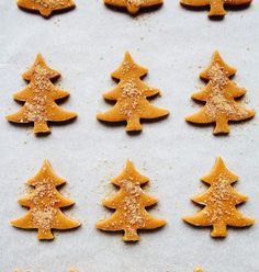 biskota me zaxari Greek Desserts, Greek Recipes, Desert Recipes, Christmas Sweets, Christmas Cooking, Xmas, Fondant, Cookie Icing, Pastry Cake