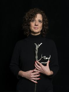 Dra. Alejandra Stamponi para #ManosDeMujer  #ManoDeMedica es Dra. Alejandra Stamponi fotografiada por Jorge Miño