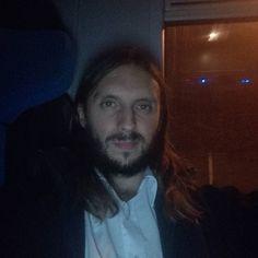 Powrót z pracy :) #maszynista #pociag #polishboy #polishboy #polskichlopak #polskifacet #facet #chlopak #boy #instaboy #instachlopak #instafacet #dlugiewlosy #zarost #broda #longhair #longhairs #beard #sexy
