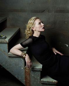 """cate blanchett ~ annie leibovitz ~ """"Pale Perfection""""  Vogue, December 2004"""