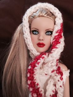 Warm and Cozy   Tonner Doll Duels
