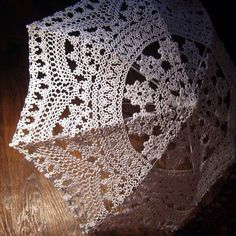 Tatting Oh my! That would take forever but would look fab with my 1800s dressess