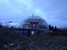 naturhuset - Vi skal bygge et Naturhus og en selvforsynende hage på Sandhornøya i Nordland. Prosjektet er sterkt inspirert av arkitekt Bengt...