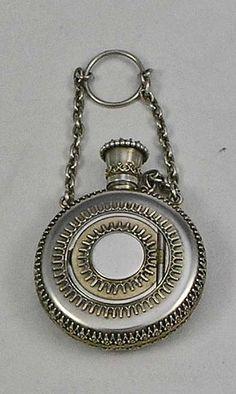 S Mordan perfume vinaigrette English sterling silver