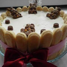A sütőt sem kell bekapcsolnod: 11 káprázatos karácsonyi desszert babapiskótából   Mindmegette.hu Trifle, Tiramisu, Pudding, Cake, Food, Pineapple, Custard Pudding, Kuchen, Essen