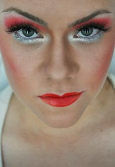 Red-silver makeup by Liina Ütt