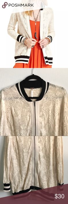 "Free people women's ivory lace full zip sweater SM Measurements: (approximate and measurements were taken with item laying flat)      Side seam 21""   Sleeve 27 1/2""   Bottom opening 18 1/2""   Chest 20"" Free People Sweaters"