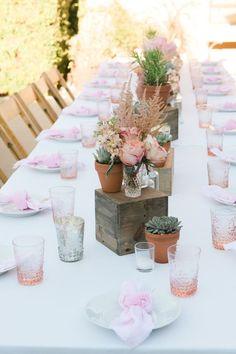 bohemian succulent and wooden box wedding centerpiece / http://www.himisspuff.com/succulent-wedding-decor-ideas/16/