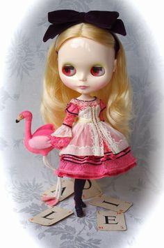 blythe doll alice in wonderland pink dress