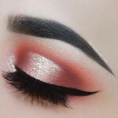 Gorgeous eye makeup #eyeshadow #eyemakeup #makeup
