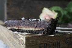 cookiesandsweets - Dark chocolate & Salted Caramel Oreo pie