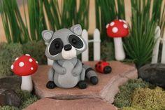 Polymer Clay raton laveur - Miniature raton laveur - Mini argile raton laveur - fée jardin accessoire - Terrarium accessoire – Sculpture – décoration de jardin