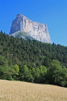 Mont Aiguille, Vercors, Rhône Alpes, France