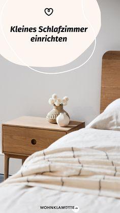 Das Schlafzimmer ist der wichtigste Raum in Deinem Zuhause, denn es ist Deine persönliche Ruheoase. In diesem Beitrag geben wir Dir deshalb hilfreiche Tipps, wie Du auch ein kleines Schlafzimmer einrichten kannst und dabei den Raum optimal ausnutzt. Bedroom, Home Decor, Helpful Tips, Room Interior Design, Home Decor Accessories, Bed, Ad Home, Homes, Dekoration