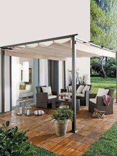 ¿Sabes ya cómo renovar la terraza? Small Courtyard Gardens, Small Courtyards, Backyard Patio Designs, Pergola Designs, Pergola With Roof, Pergola Patio, Outdoor Cinema, Retractable Pergola, Porche