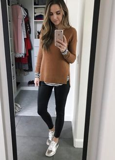 Cold Weather Outfits - 10 Cold Weather Momiform Outfits You Can Put Together Right Now (Merrick's Art) Winter Maternity Outfits, Stylish Maternity, Winter Outfits Women, Winter Fashion Outfits, Maternity Wear, Maternity Fashion, Look Fashion, Maternity Yoga, Maternity Work Clothes