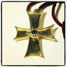 #18kt #hammered and #chased #YellowGold big #cross #pendant with #cabochon #garnet #handmade #handcrafted by #PaoloBrunicardi #orafo #Goldsmith #JewelryMaker #BrunicardiPreziosi #Marina di #Carrara #Tuscany #Italy