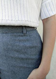 Ołówkowa Spódnica www.killmint.com #wollskirt #szaraspodnica #stylizacjevintage #stylizacjavintage #minimalizm #vintagespódnica