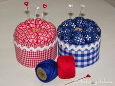 Handmade hat pincushion with folded roses Sewing Hacks, Sewing Crafts, Sewing Projects, Sewing Notions, Sewing Box, Jar Crafts, Diy And Crafts, Creation Couture, Sewing Accessories