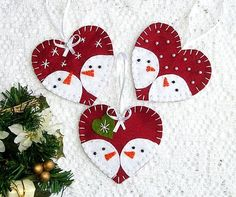 Felt christmas ornaments snowman, set of 3, tree ornaments, ornament with loop (or cute magnet, or on stick), christmas party favors, dark red
