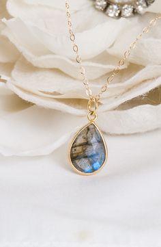 Blue Darling – Labradorite Pendant Necklace