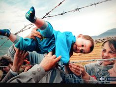 Pulitzer Prize winning photography by  Carol Guzy, Michael Williamson and Lucian Perkins