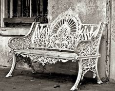Black and White Art, Old Bench Photo, Savannah Art, Garden Photograph, Urban Art, Rustic Decor, White Bench Still Life, Cottage Farmhouse by StudioSwede13 on Etsy https://www.etsy.com/listing/129945897/black-and-white-art-old-bench-photo