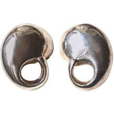 Pre-owned Organic Mod Sterling Earrings ($195) ❤ liked on Polyvore featuring jewelry, earrings, clip-on earrings, clip earrings, pre owned jewelry, mod earrings, oversized jewelry and couture jewelry