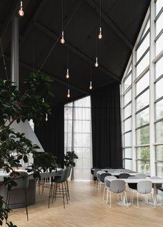 Modern co-working environment at Rosenholm Campus designed by KROHNARK Interior Architecture - Rosenholm campus was designed by Norwegian architect Geir Grung in Interior architects Krohna - Interior Architects, Workplace Design, Co Working, Coworking Space, Environment, Interior Design, Architecture, Graphite, Ash