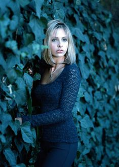 A gallery of Buffy the Vampire Slayer publicity stills and other photos. Featuring Sarah Michelle Gellar, Alyson Hannigan, Nicholas Brendon, James Marsters and others. Marc Blucas, Charisma Carpenter, Michelle Trachtenberg, David Boreanaz, Joss Whedon, Alyson Hannigan, Seinfeld, Emma Caulfield, Anthony Head