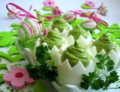 Jajka z zielonym kremem