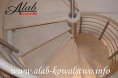 Schody kręcone i balustrada nierdzenwa