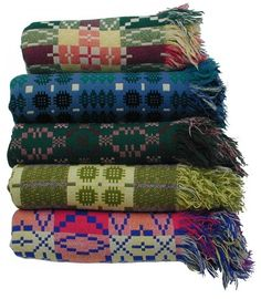 welsh blankets | Welsh Quilts and Blankets - Vintage Tapestry Blankets - Bright Colours