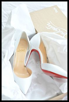 Innovative #Redbottom #Shoes, Display Your Beauty.