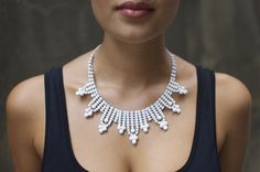DIY White Collar Necklace - Ideas for reinventing cheap jewelery from WalMart & Claires. White Necklace, Diy Necklace, Collar Necklace, Necklaces, Necklace Ideas, Necklace Tutorial, Bijoux Diy, Rhinestone Necklace, Photo Jewelry