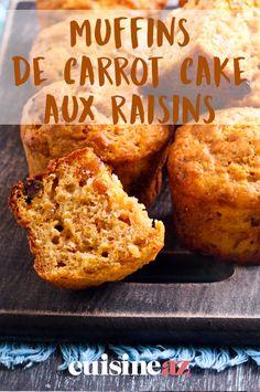 Voici une version du carrot cake aux raisins en portions individuelles sous forme de muffins. #recette #cuisine #carrotcake #patisserie #raisin #muffin Moist Chocolate Chip Muffins, Apple Oatmeal Muffins, Cake Aux Raisins, Homemade Muffins, Banana Nut, Breakfast Muffins, 20 Min, Muffin Recipes, Carrot Cake