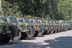 Национальная гвардия Украины получила более двадцати единиц бронетехники и спецавтотранспорта для выполнения боевых задач.