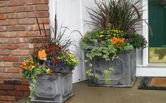 Fresh New : Fall Inspiration Ideas!   3.  Fabulous Fall Containers