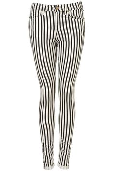 Stripe up! Do it like Beetlejuice and dress up all in stripes with this skinny jeans by J.W. Anderson for Topshop.