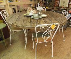 Wooden spool table - burlap on the chair seats