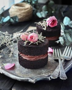 Food Discover chocolate wedding cake recipes from scratch uk Mini Chocolate Cake Chocolate Ganache Frosting Homemade Chocolate Chocolate Grooms Cake Ganache Cake Lindt Chocolate Chocolate Brown Mini Desserts Just Desserts Mini Chocolate Cake, Chocolate Ganache Frosting, Homemade Chocolate, Lindt Chocolate, Chocolate Grooms Cake, Ganache Cake, Chocolate Brown, Pretty Cakes, Beautiful Cakes