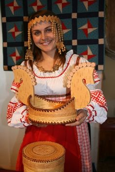 folk KOMI lives on north european part to Russia . number 293000 people.