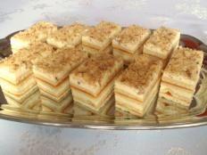 Zákusky, recepty | Tortyodmamy.sk Dessert Recipes, Desserts, Apple Pie, Baked Goods, Waffles, Cheesecake, Baking, Breakfast, Sweet
