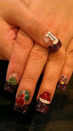 disney christmas nails i like the snow mickey and the red and green mickey heads only - Disney Christmas Nails