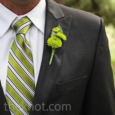 Real Weddings - A Modern Ranch Wedding in Austin, TX - Green Mum Boutonniere Groomsmen Boutonniere, Groom And Groomsmen, Wedding Boutonniere, Boutonnieres, Prom Flowers, Wedding Flowers, Lapel Flower, Gray Weddings, Men Suits