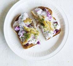 Smoked mackerel & beetroot toast topper