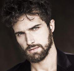 Antônio Beviláqua, agora também faz parte do casting exclusivo da Caíco De Queiroz seja bem vindo @antoniobevilacqua