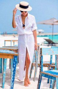Uma das peças mais importantes para arrasar no Verão é a Saída de praia! Ela pode ser mais simples, como apenas uma saia jeans, mas pode ser chic e sofisticada, longa, com bordados e pedrarias… tudo depende do seu estilo, pois as opções são lindas e variadas! Pode ser curta ou longa, de vazada ou …