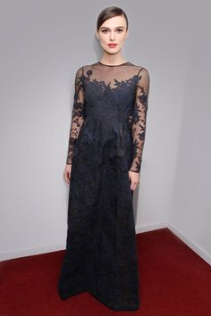 Keira Knightley at the New York City première of Anna Karenina  (Keira Knightley in Valentino)