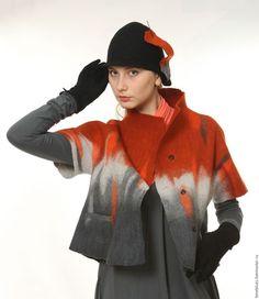 Легкая, теплая, свободная курточка для прохладной погоды. Выполненная в технике фелтинг, из мериносовой шерсти с шелком из коллекции Солнце на ладони. Вес 250 грамм.